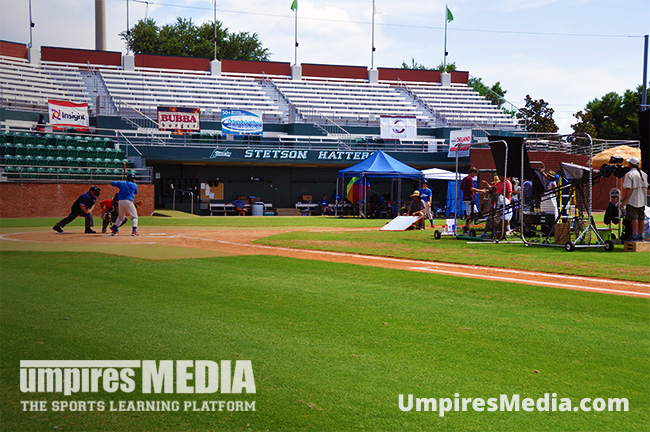 umpires_media_baseball_rules_explorer_filming1